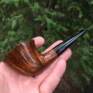 Castle Rock Freehand Tobacco Pipe with Straight Grain