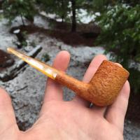 Natural finish billiard tobacco pipe
