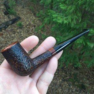 Stacked billiard rustic tobacco pipe