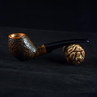 Rustic freehand tobacco pipe by Kraig Sederquist
