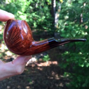 Smooth bent egg tobacco pipe with cumberland stem