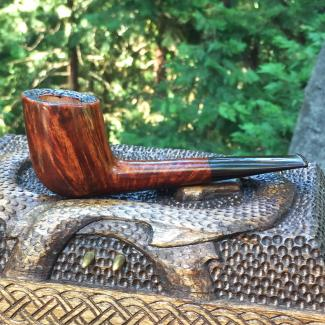 Smooth canted billiard pipe with Cumberland stem